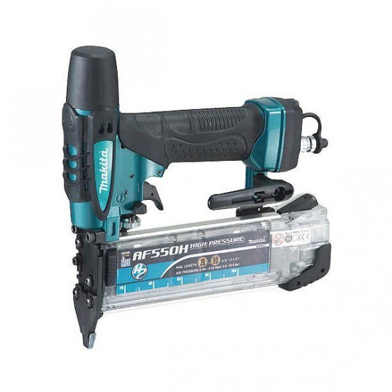 Cloueur Haute-Pression MAKITA 22,6 bar 55 mm