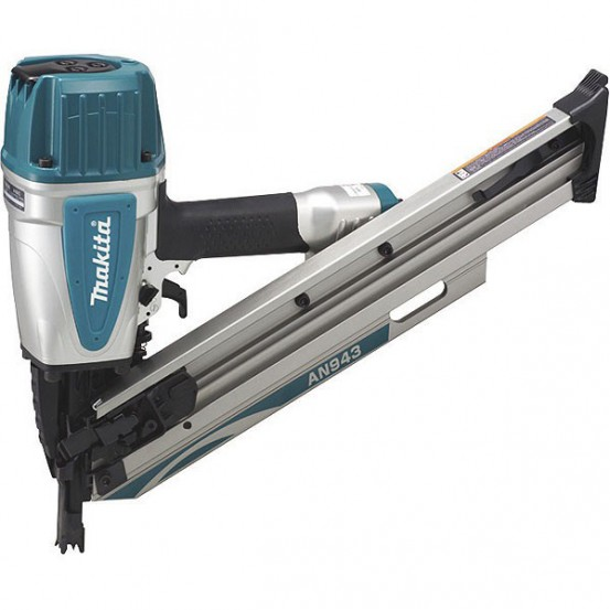 Cloueur pneumatique MAKITA 8,3 bar 90 mm