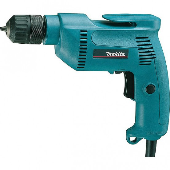 Perceuse visseuse MAKITA 530 W D 1 à 10 mm
